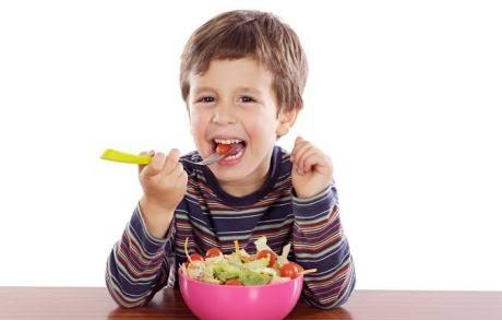 destaque_crianca-salada